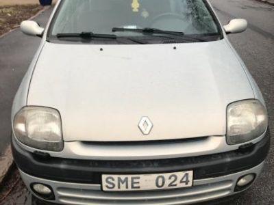 usata Renault Clio 1.4 02 -02