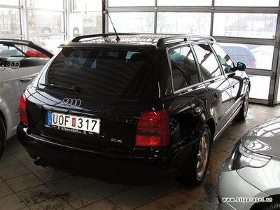begagnad Audi A4 2,4 V6 165hk Kombi 1998