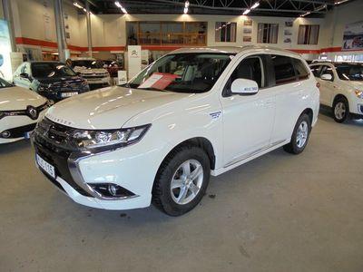begagnad Mitsubishi Outlander P-HEV 2.0 4WD Komfort