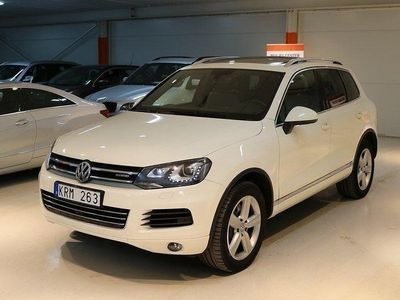 begagnad VW Touareg 3.0 V6 TSI Hybrid/ Panorama / Navi/ 360kamera