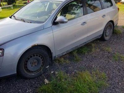 begagnad VW Passat 200hk -05
