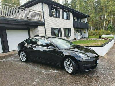 begagnad Tesla Model 3 SR Dragkrok