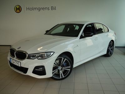 """begagnad BMW 330e iPerformance M Sport, Connected, 19"""" LM"""