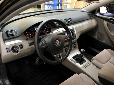 begagnad VW Passat 2.0 TDI Variant (140hk)