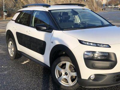 begagnad Citroën C4 Cactus 1.6 BlueHDi 100hk Feel
