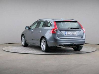 begagnad Volvo V60 D5 Awd Twin Engine Classic Momentum Aut VOC