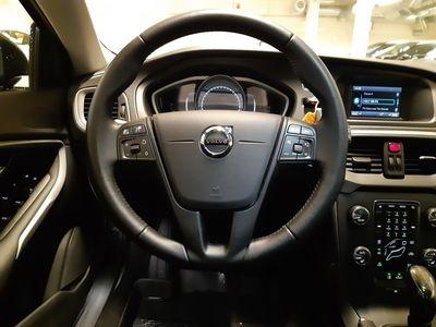 begagnad Volvo V40 D2 Business 2018, Kombi 174 500 kr