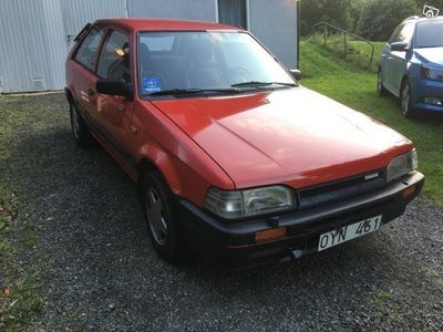brugt Mazda 323 nybes skattefri lågmilare -89