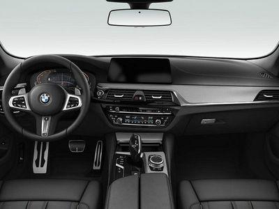begagnad BMW 540 i xDrive Touring KAMPANJBIL