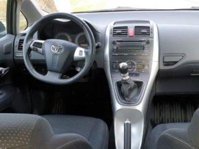begagnad Toyota Auris 5-dörrar