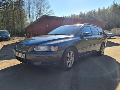 begagnad Volvo V70 classic 2,4d
