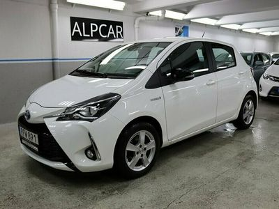 begagnad Toyota Yaris Hybrid 1.5 VVT-i CVT Euro 6 101hk 1100 MIL
