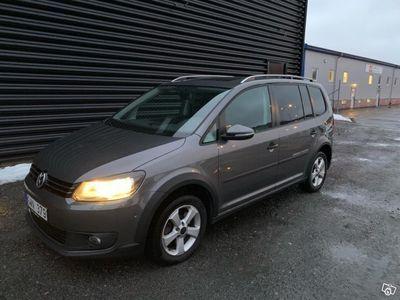 begagnad VW Touran Cross 2.0 Tdi 7-sits -12