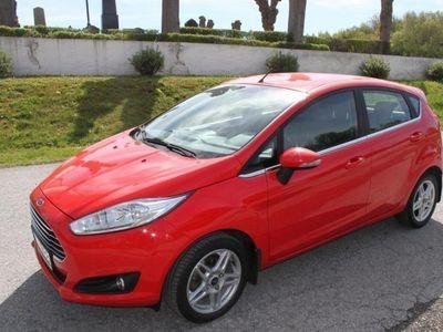 begagnad Ford Fiesta Årsskatt 360 kr -15