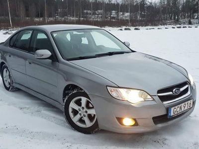 begagnad Subaru Legacy sedan, lågmil -07