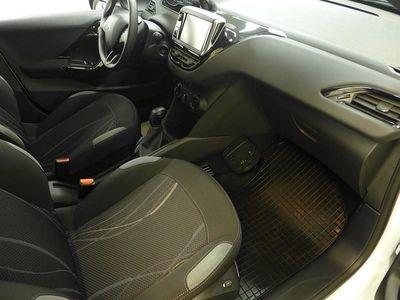 begagnad Peugeot 208 Active 1,2 VTi (82hk)