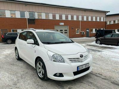begagnad Toyota Verso 2.2 D-4D Automat 7-sits 150hk Drag Fullservad