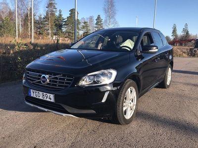 begagnad Volvo XC60 D4 AWD 2017, SUV 245 000 kr