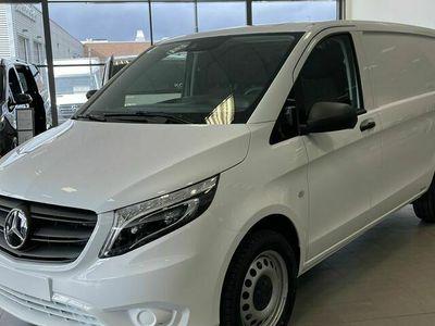 begagnad Mercedes Vito - Benz116 CDI SKÅP LÅNG STAR / / 4x4 / / Dragkrok