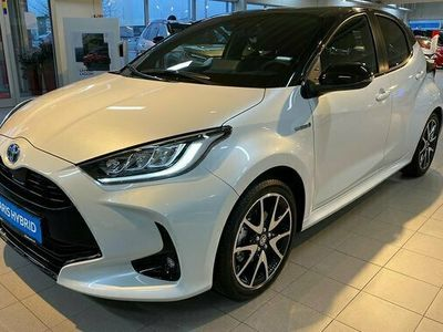 begagnad Toyota Yaris 1.5 HSD Style 5-D Bi-Tone Automat 2021, Halvkombi Pris 227 900 kr