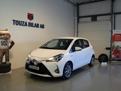 begagnad Toyota Yaris Hybrid 1.5 Euro 6 ENÄGARE NYSERV