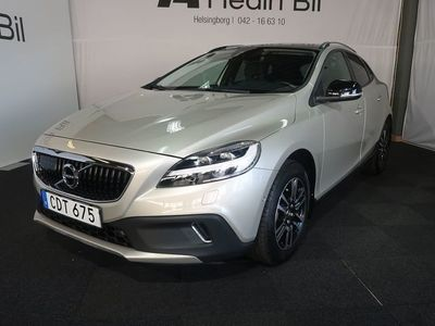 begagnad Volvo V40 CC D3 Geartronic Momentum