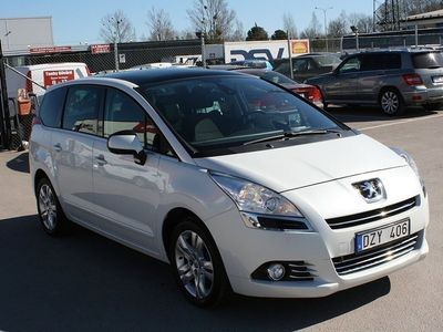begagnad Peugeot 5008 1.6 THP Automat 7-sits 156hk Panoramatak