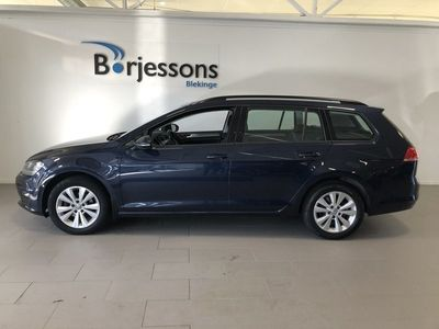 begagnad VW Golf Sportscombi 1.2 TSI BlueMotion Premium, Style 105hk