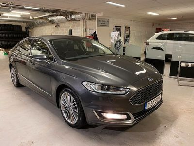 begagnad Ford Mondeo 2.0 TDCi 180 VIGNALE AUT WEBASTO/NAV/LÄDER
