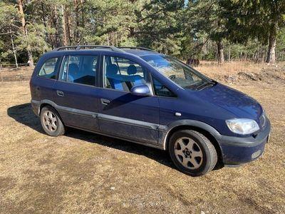 begagnad Opel Zafira 1.8