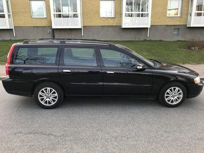 begagnad Volvo V70 2,4 170 hk Ac Drag Nyservad