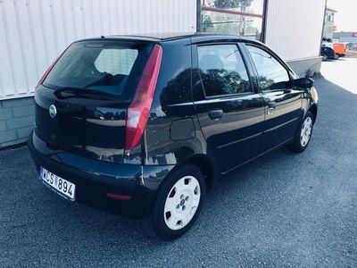 begagnad Fiat Punto 5-dörrar 1.2 Active Ny besiktigad