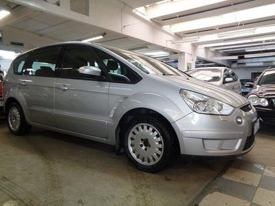 begagnad Ford S-MAX 2.0 7-sits 145hk