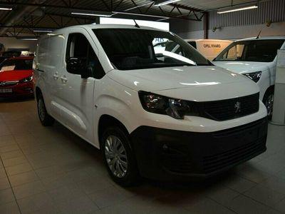 begagnad Peugeot Partner PRO+ L2 130HK AT8 Webasto & Drag