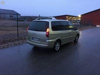 begagnad Peugeot 807 lågmil -05