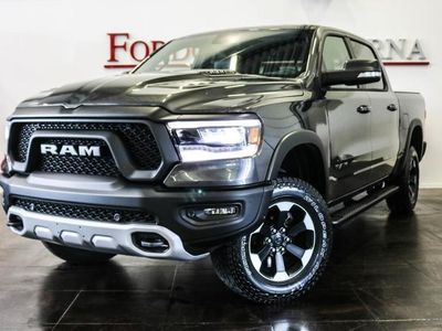 begagnad Dodge Ram REBEL, LUFTFJÄDRING