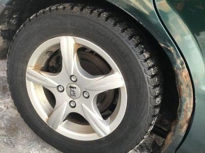 begagnad Mazda 323S