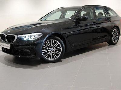 begagnad BMW 520 i Sport Line Aut Nav Hi-Fi Drag