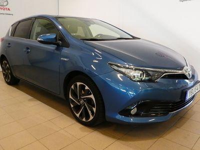 begagnad Toyota Auris Hybrid ACTIVE PLUS 2016, Halvkombi 154 900 kr