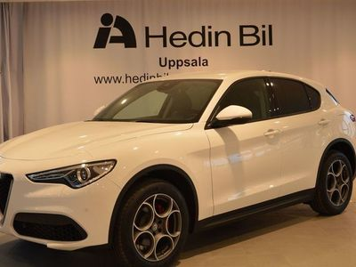 begagnad Alfa Romeo Stelvio SUPER 2.0 280HK AT8 AWD MY18 K4
