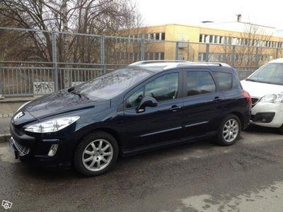 begagnad Peugeot 308 SW 1.6 e-HDi | Panorama 7500mil -11