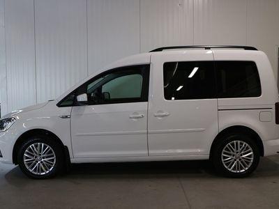 begagnad VW Caddy Life COMF-L EU6 TDI 150HK DSG/P-värmare/Plus/Navi