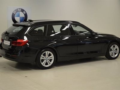 begagnad BMW 318 d xDrive Sport Line -16 Nypris 376700:-