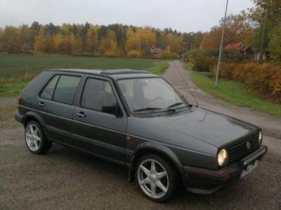 begagnad VW Golf mk 2 1.8cl -90