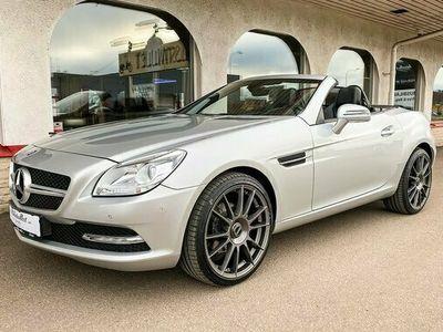 begagnad Mercedes 200 SLK BenzRoadster Cab Aut 7G-Tronic 19 tum Alu Bluefficiency 2013, Personbil Pris 217 000 kr