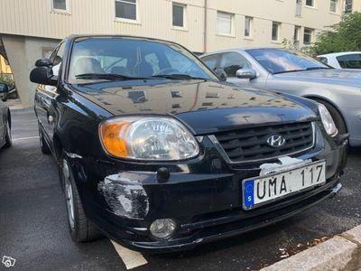 begagnad Hyundai Accent 1.6 -03