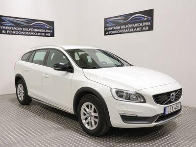 begagnad Volvo V60 CC D4 AWD EURO6 1337kr/mån