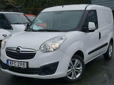 begagnad Opel Combo Van 2200 1.3 CDTI 90hk ENDAST 8000MIL NYSERVAD