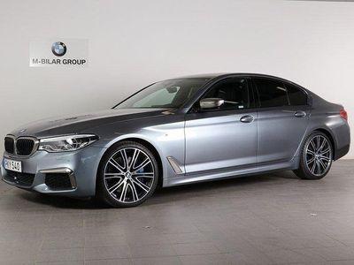 begagnad BMW M550 i xDrive / Ultimate Edition / B & W / Drag