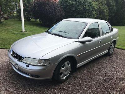 begagnad Opel Vectra Sedan 4D CD 2.0